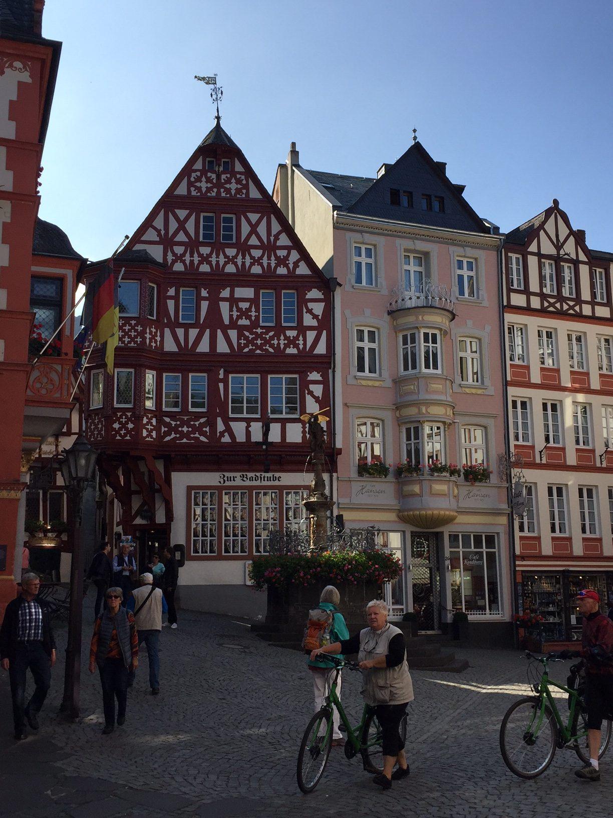 Marktplatz von Bernkastel am Mosel-Camino
