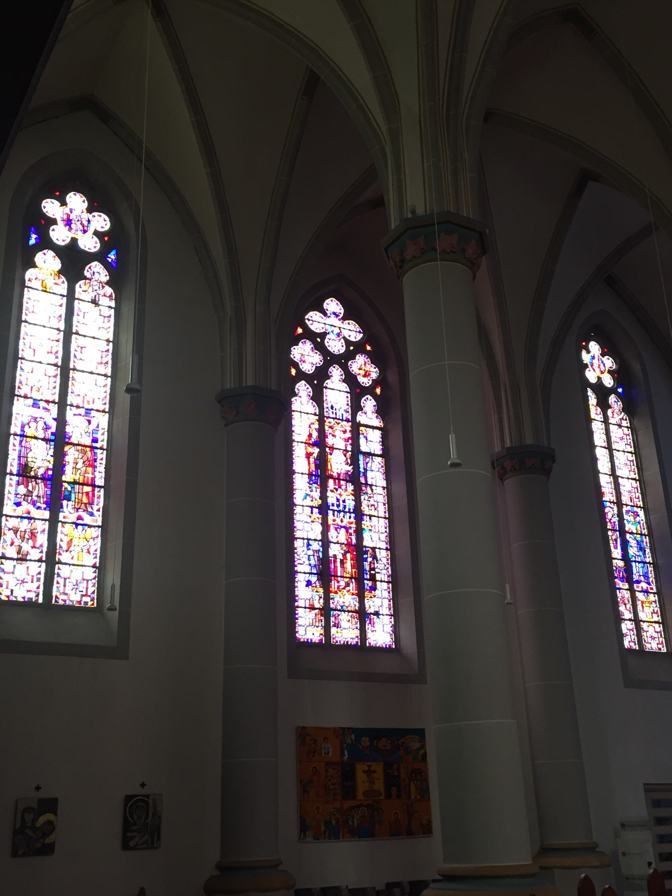 Kirche von Ehrang bei Trier am Mosel-Jakobsweg