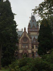 Schloss Drachenburg - gleich am Rheinsteig