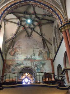 Pfarrkirche St. Martin in Linz direkt am Rheinsteig