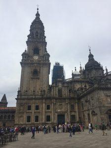 Seitenansicht der Kathedrale von Santiago de Compostela