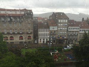 Santiago im Regen