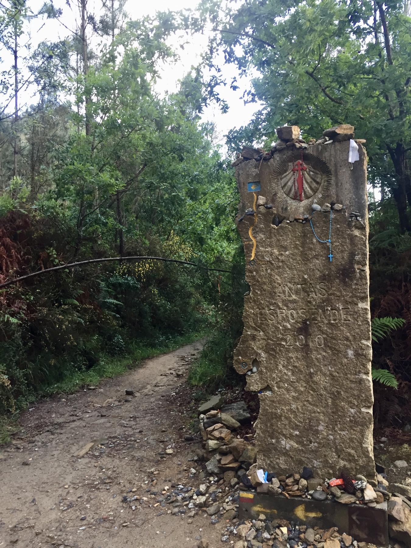Wegweiser auf dem Caminho Portugues auf dem Weg nach Viana do Castelo