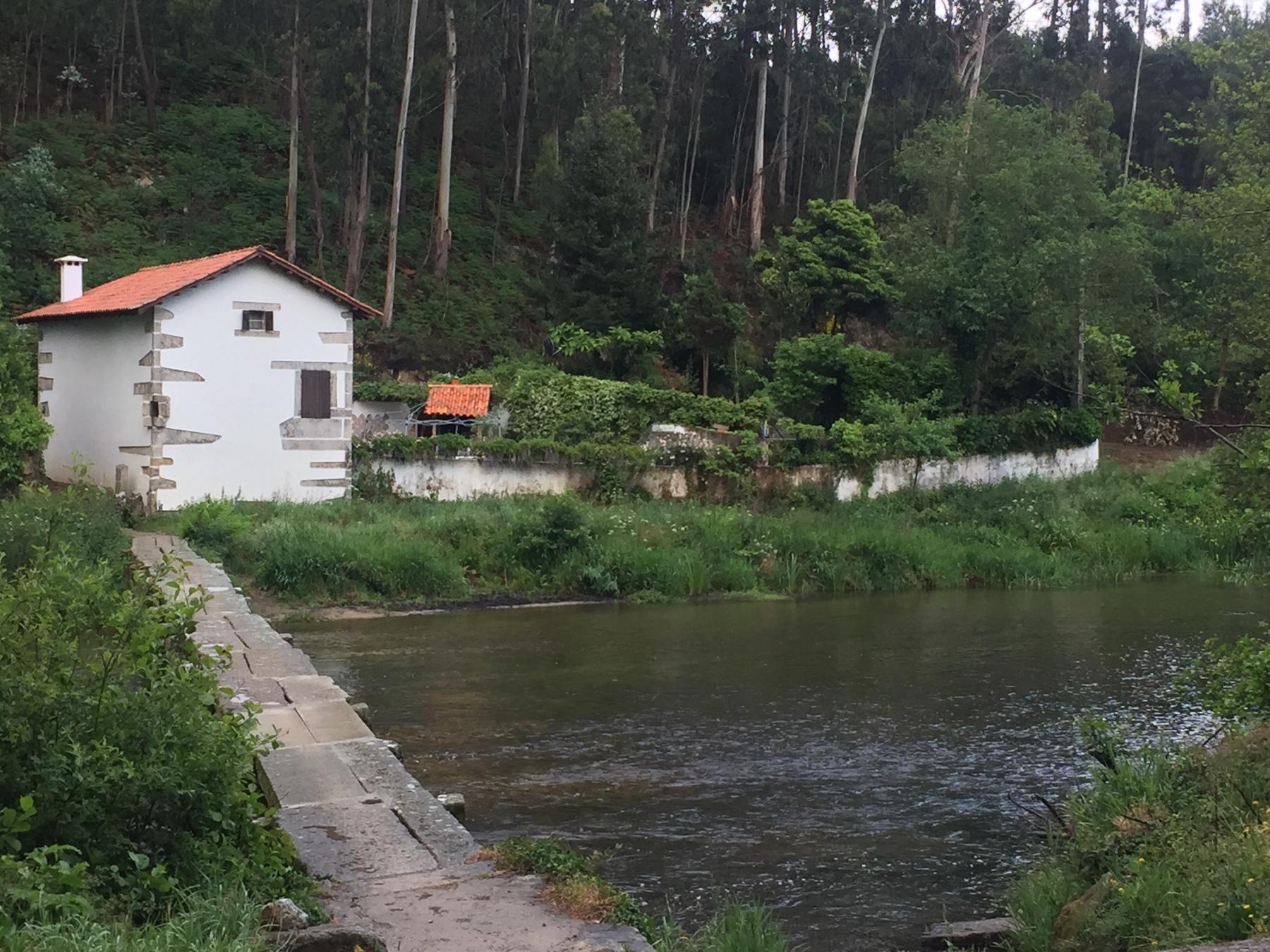 Brücke über den Rio Neiva Richtung Viana do Castelo, Caminho Portugues 2017