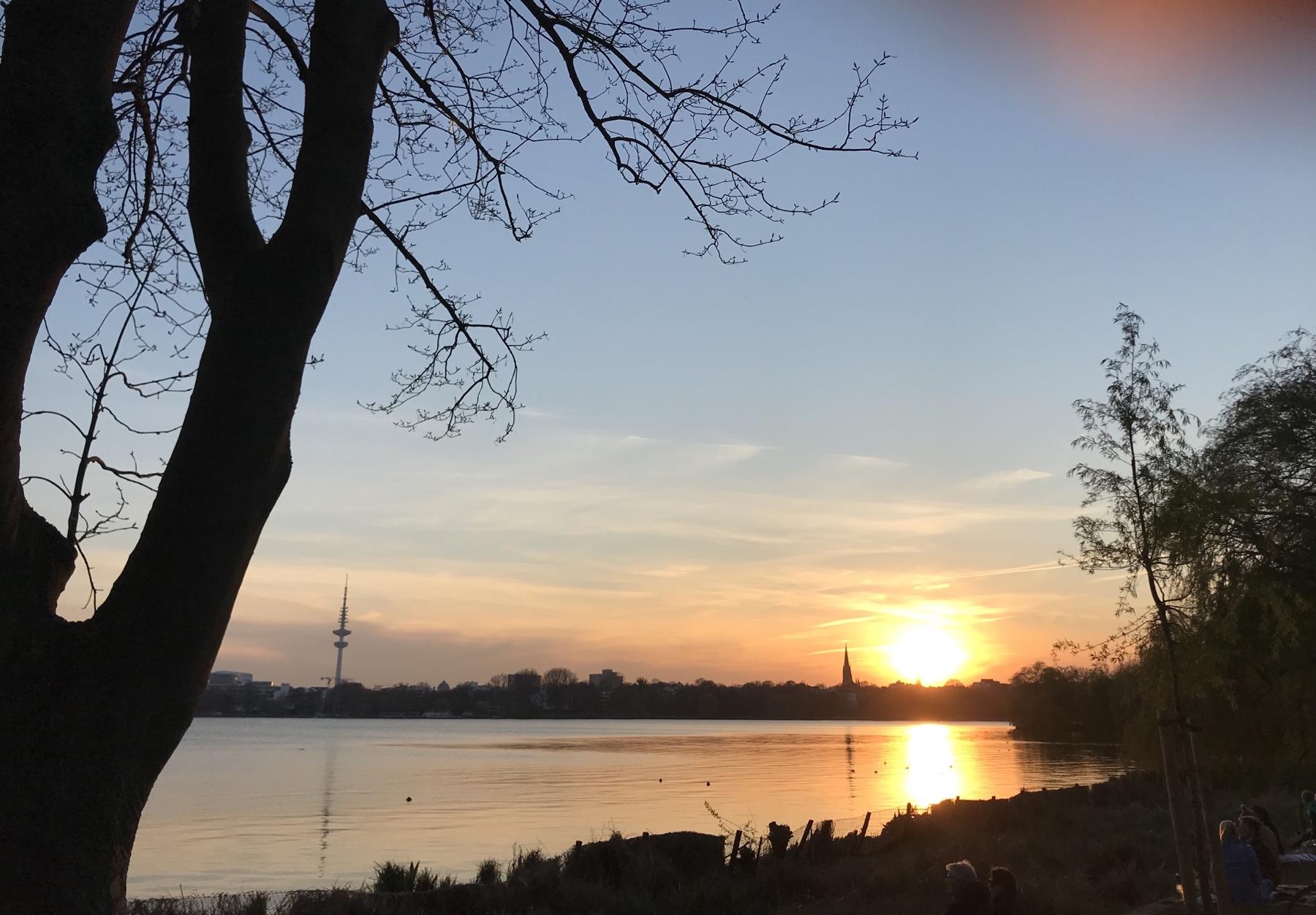Blick von der Alsterperle in Hamburg