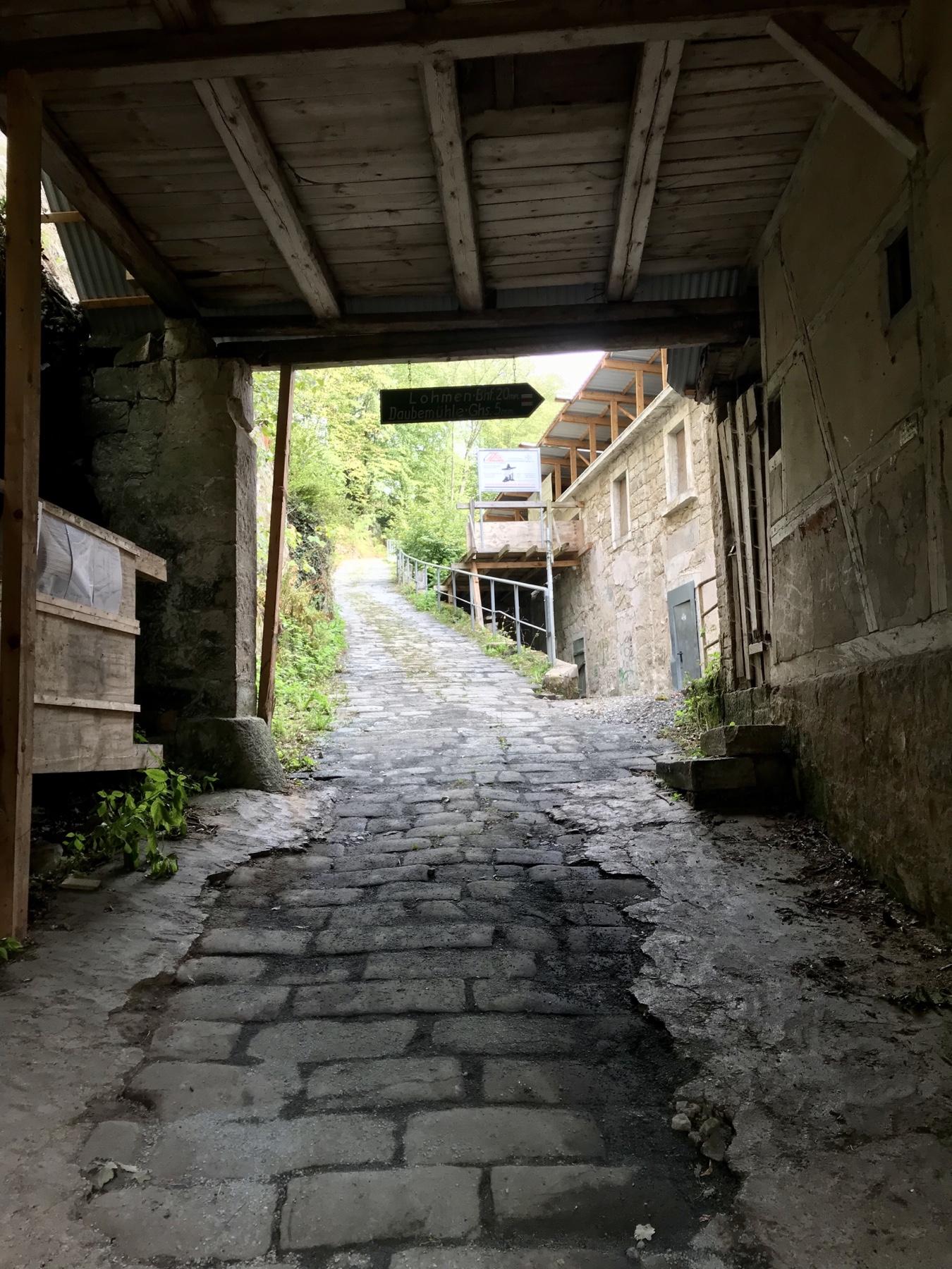 Areal der Kohlmühle auf dem Malerweg nach Stadt Wehlen