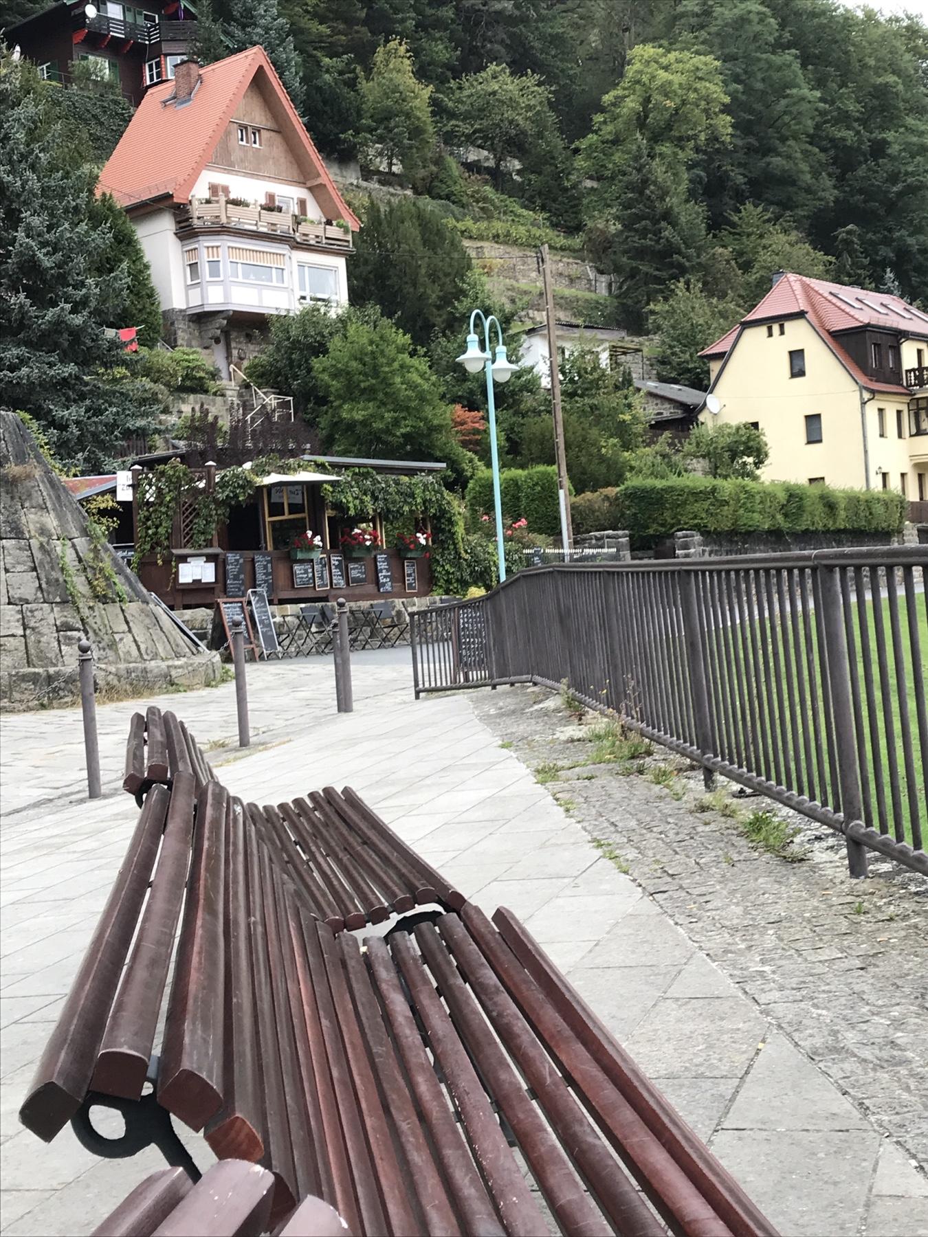 Imbiss am Elbufer Malerweg Etappe 2 Wehlen Hohnstein