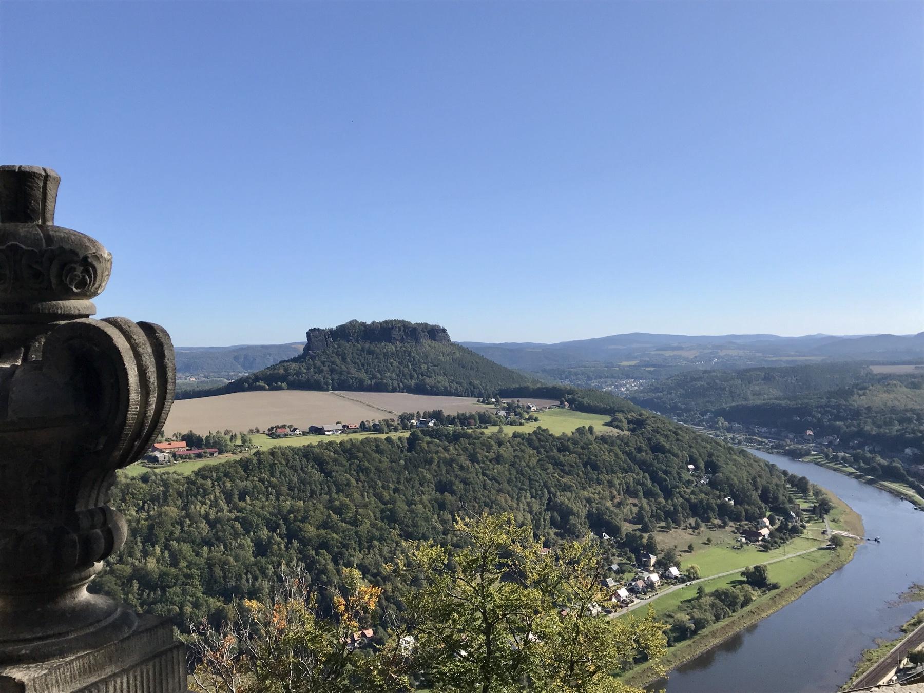 Blick vom Lustschlösschen Friedrichburg Festung Königstein