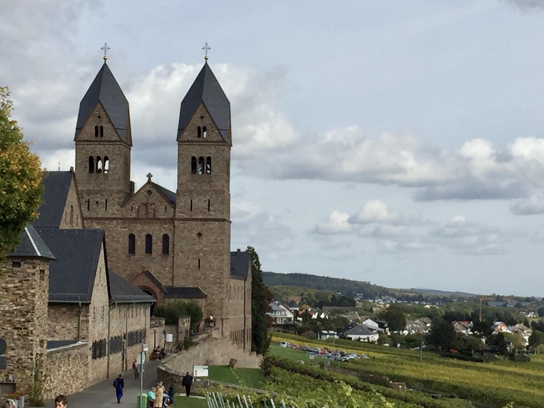 Abtei St Hildegard in den Weinbergen bei Rüdesheim, Ort der Stille