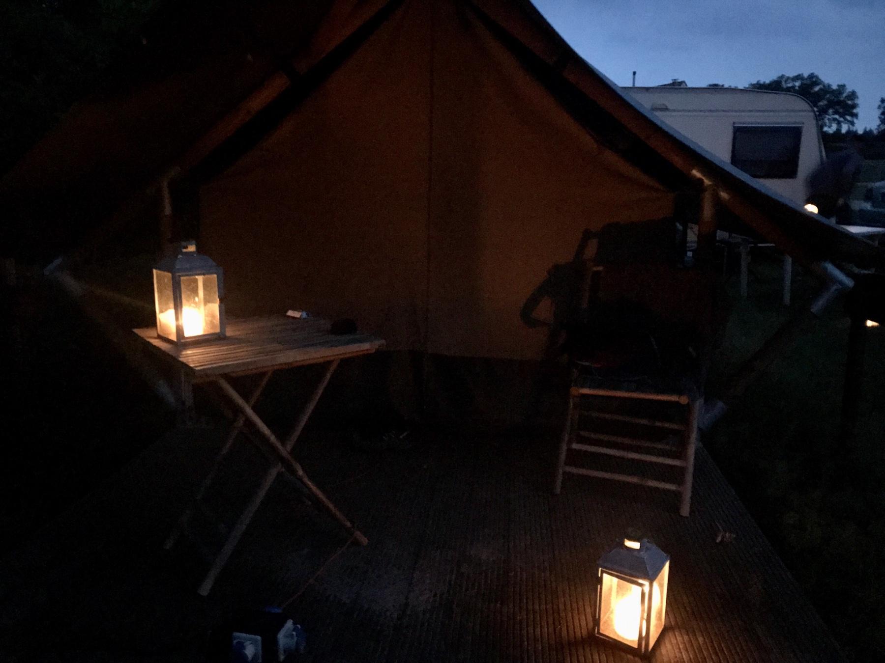 Lagerfeuerfeeling im Zelt am Großensee