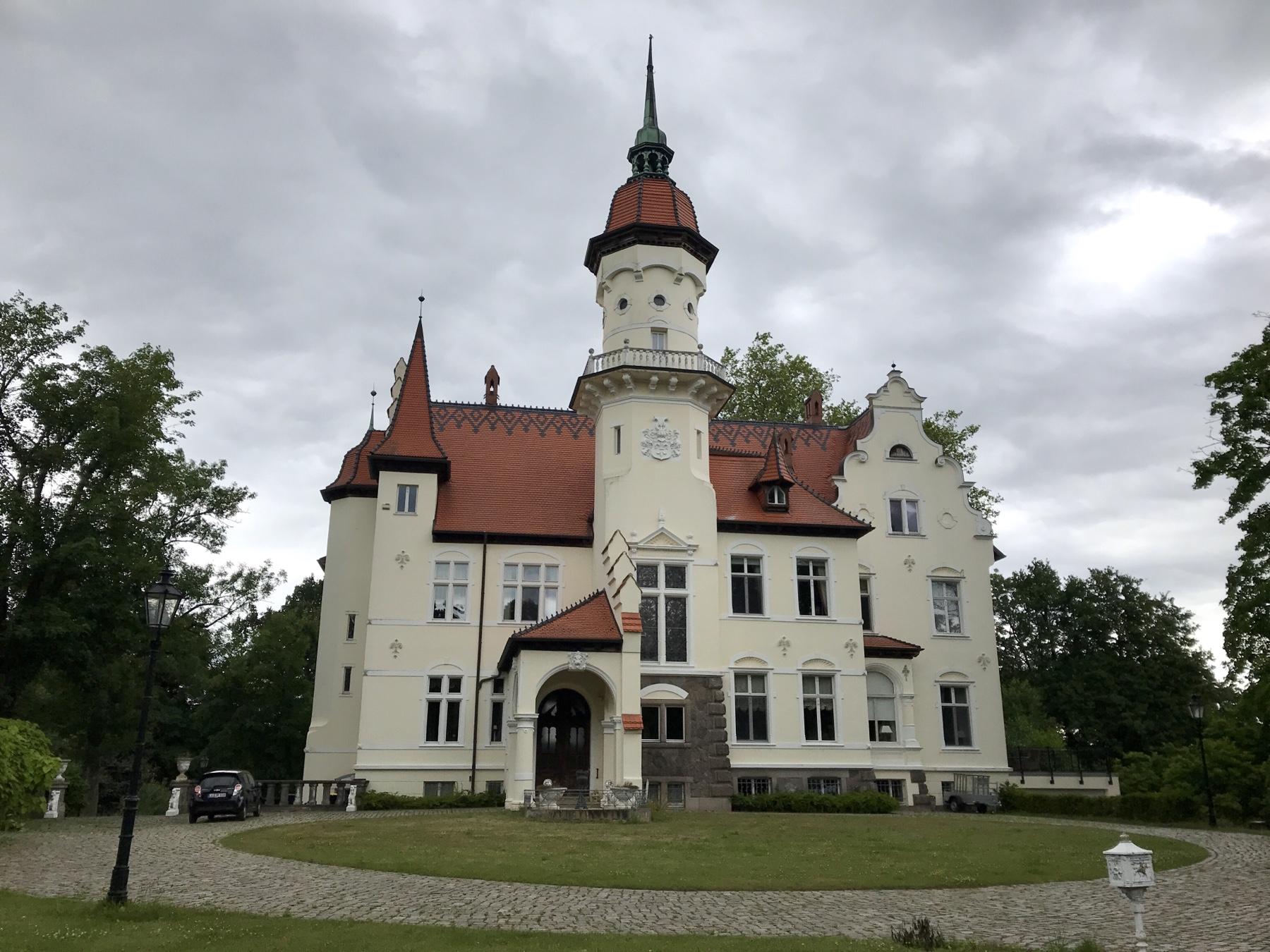 Schloss Tralau