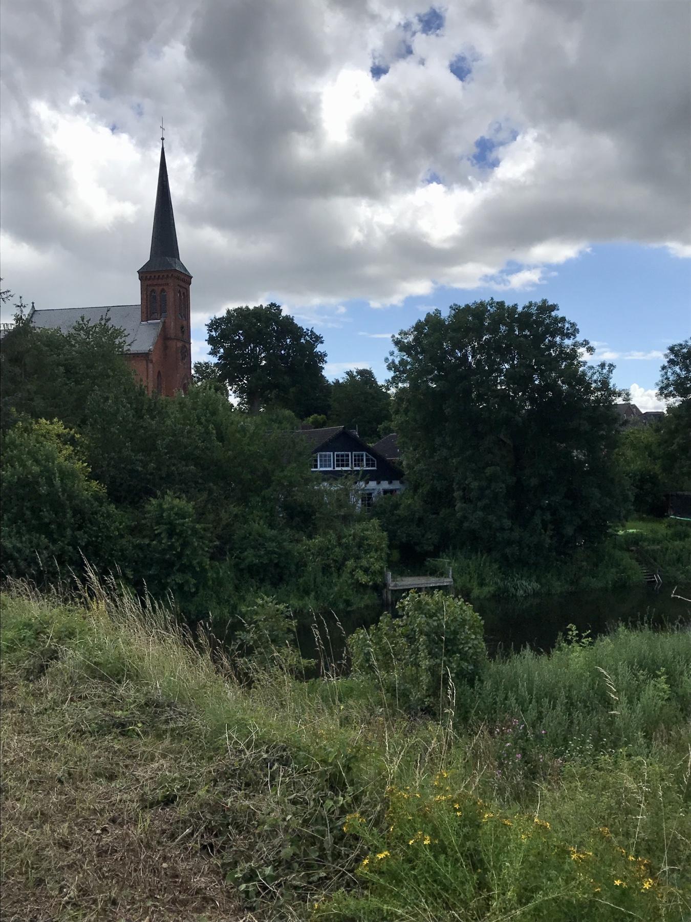 Kirche Klein Wesenberg, Stormarnweg Etappe 6 nach Lübeck