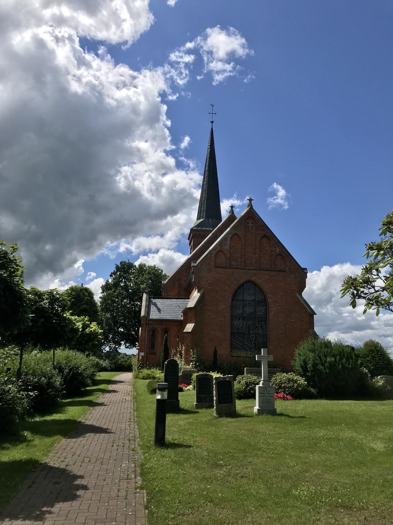 Kirche Klein Wesenberg