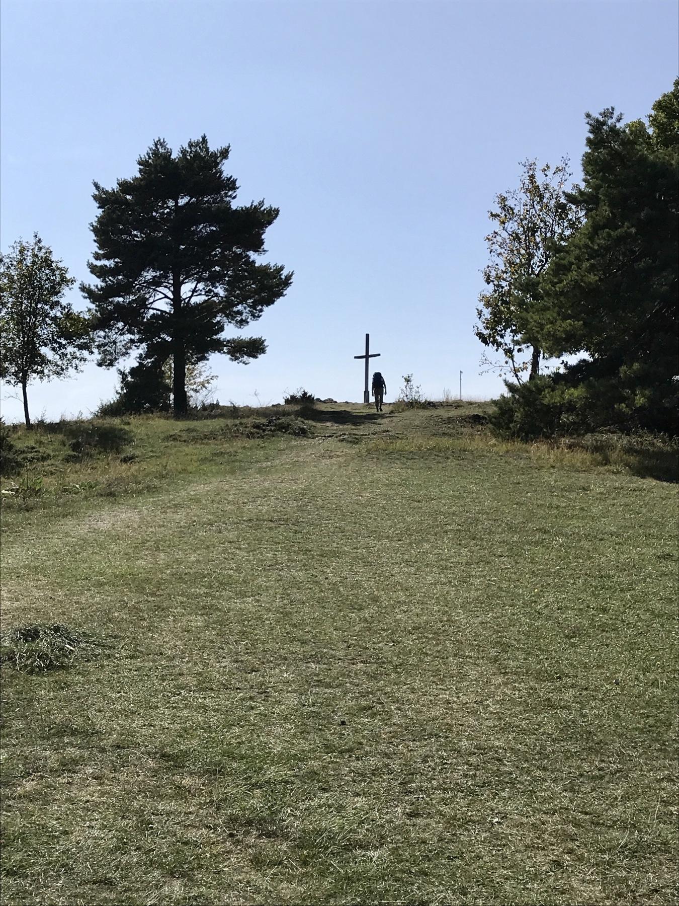 Gipfelkreuz am Bockberg, Albsteig Etappe Harburg Mönchsdeggingen