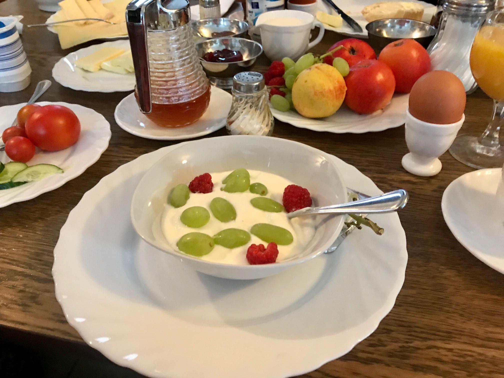 Frühstück Gasthof am Buchberg Mönchsdeggingen