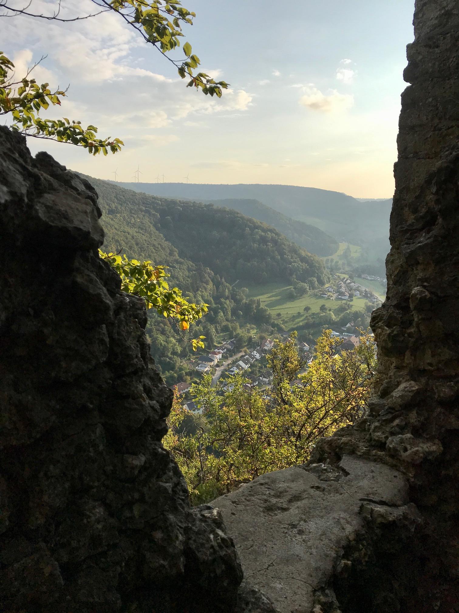 Blick auf Heubach von der Burg Rosenstein, Albsteig, Etappe 4