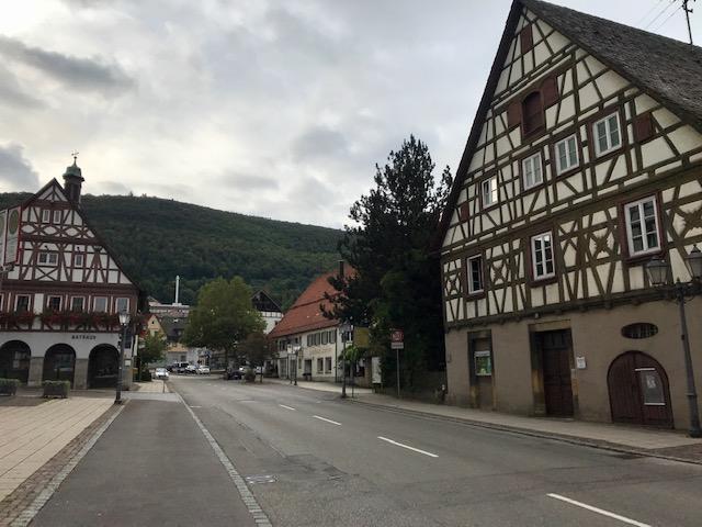 Fachwerkhäuser in Heubach, Albsteig HW1 auf dem Weg nach Weißenstein